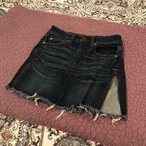 American eagle jean skirt